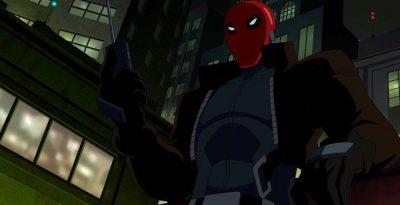 ver y descargar película Batman: El misterio de la capucha roja