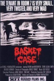 ver película Basket Case ¿Dónde te escondes, hermano?